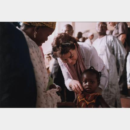 HRH Princess of Hanover at the bedside of Nigerian children
